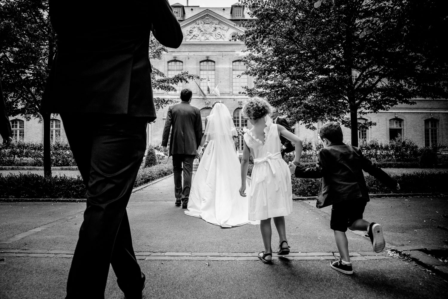 Going to the registry office in France