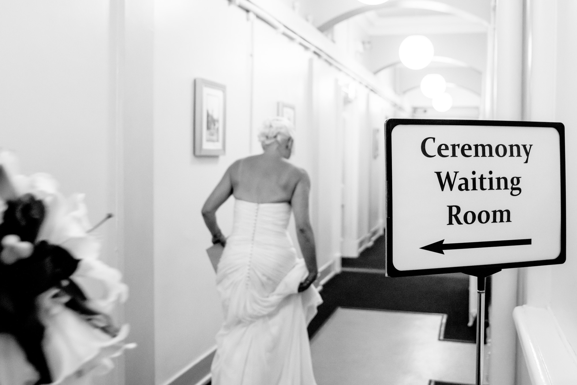 Bride arriving at Stockport Town Hall